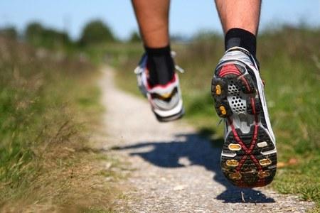 Бег в кроссовках