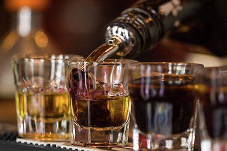 чарки с алкоголем