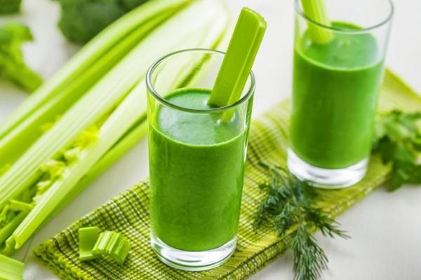 свежий зеленый напиток