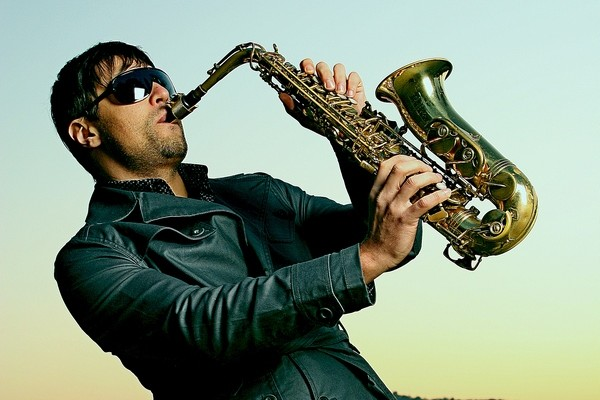 популярная саксофонная музыка